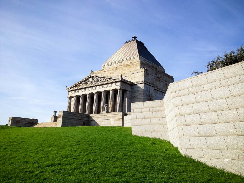 Pay a visit to the Shrine of Remembrance in Melbourne to pay respects to the fallen