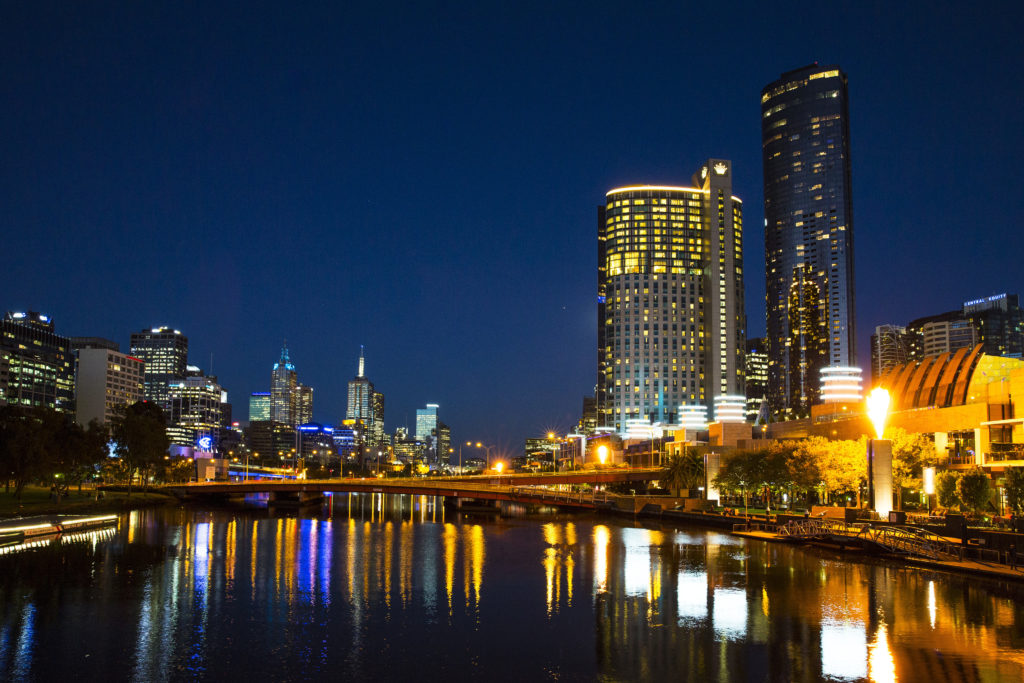 Take a stroll along Southbank Promenade for a relaxing Melbourne date night